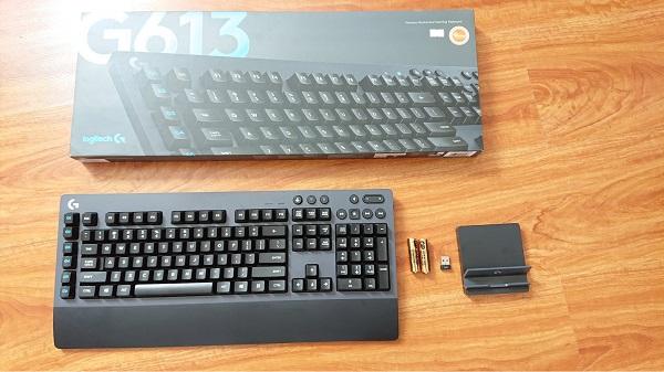 bàn phím và chuột không dây logitech