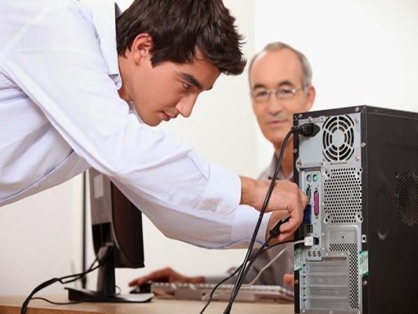 tháo lắp màn hình máy tính